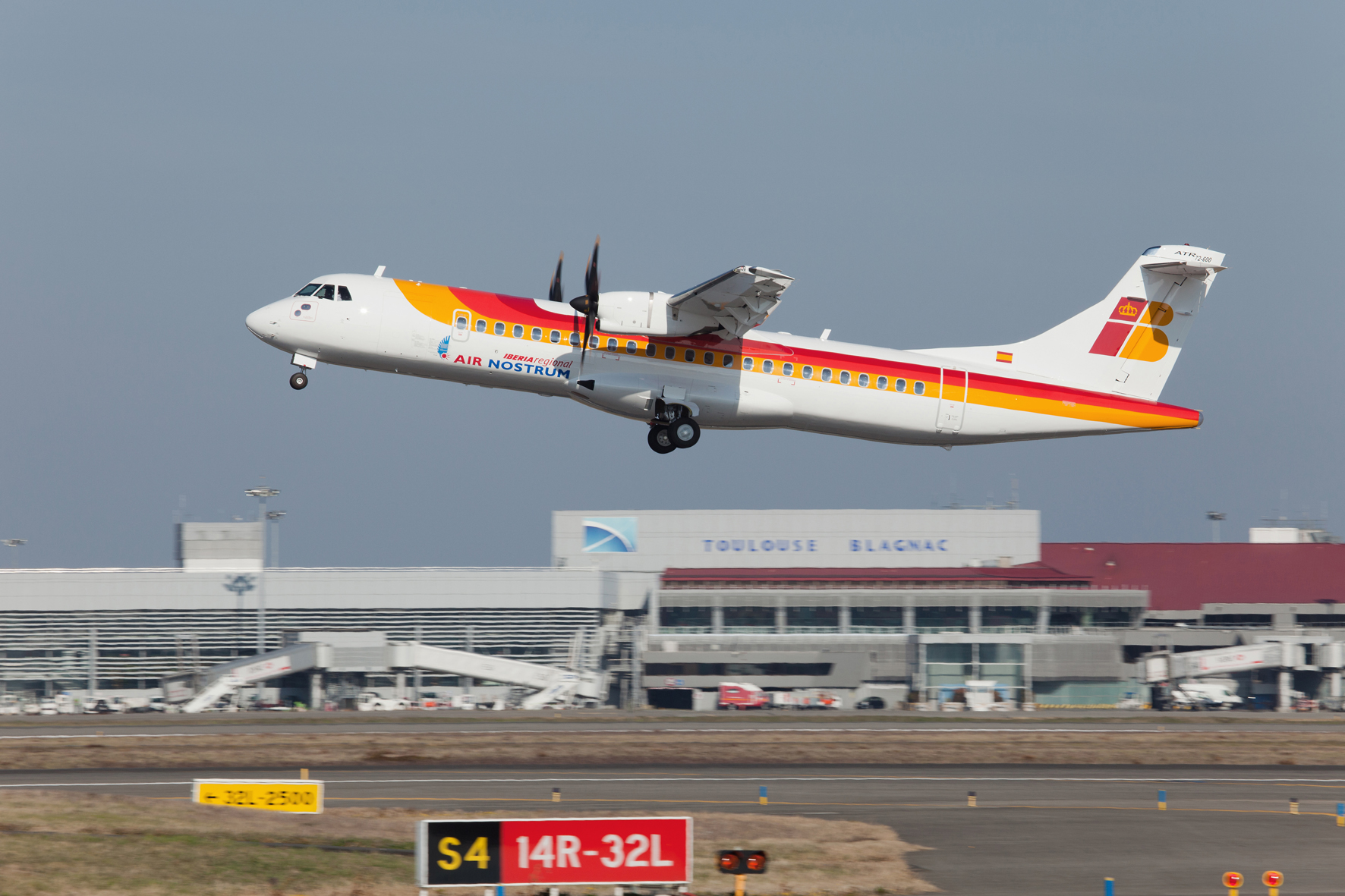 Air Nostrum pone en marcha una nueva ruta que conecta Melilla con Barcelona